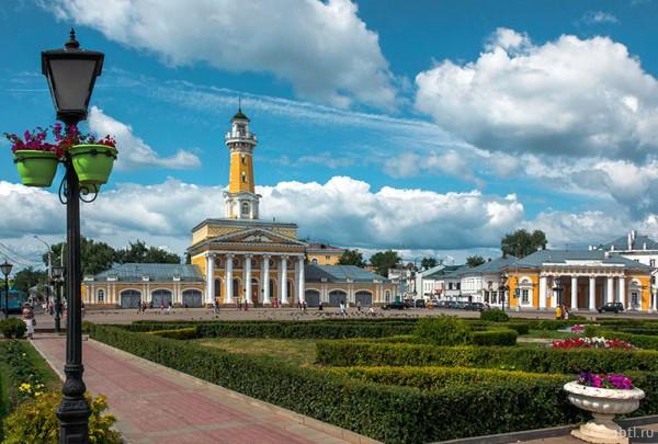 Раздача листовок в Костроме